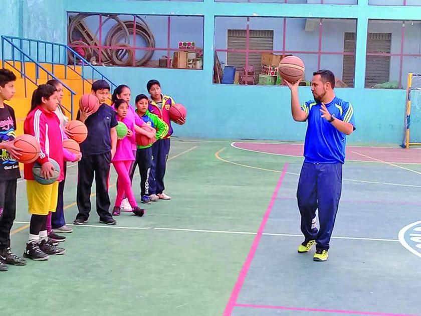 El Club Leones apertura cursos vacacionales de básquetbol