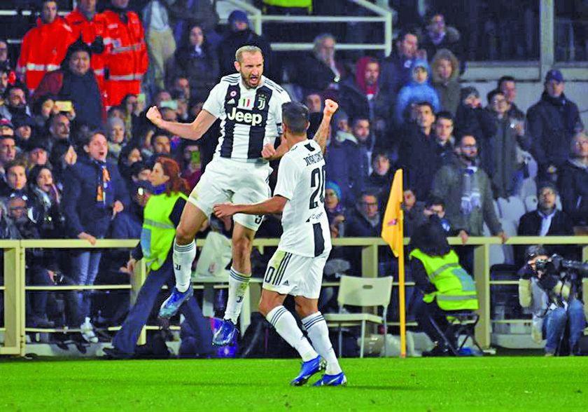 Juventus golea y lidera la Serie A italiana