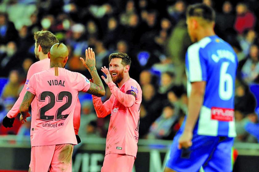 Barza fulmina al Espanyol  y se adueña del derbi
