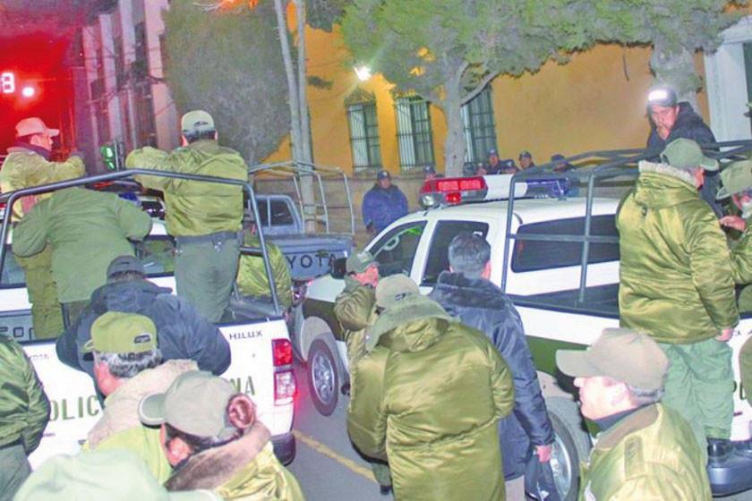 Más de mil policías realizan controles por el fin de año