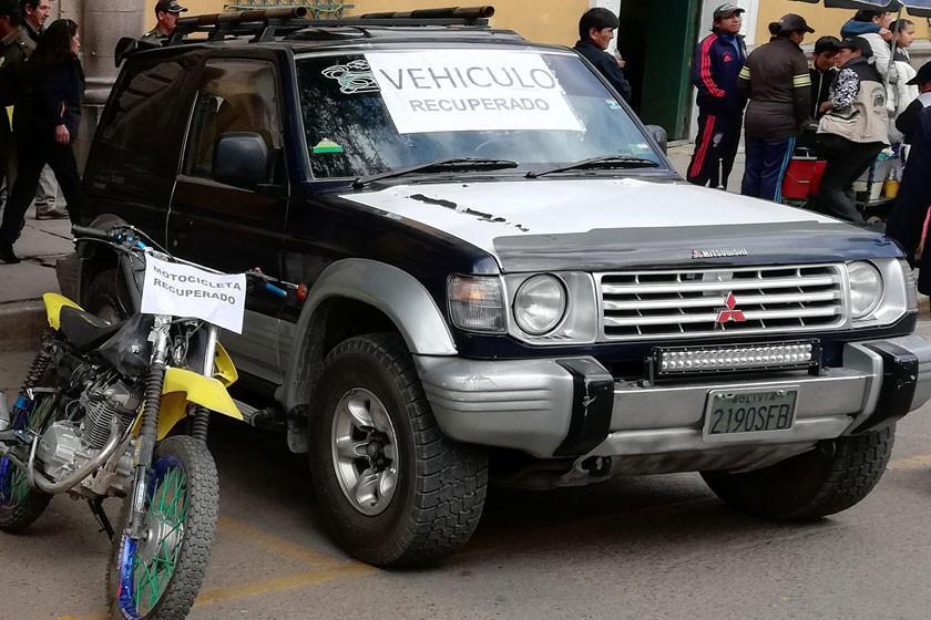 Dueño roba a su cliente el jeep que le transfirió