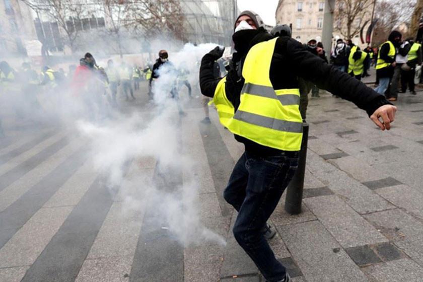 Macron anuncia medidas sociales ante crisis en Francia