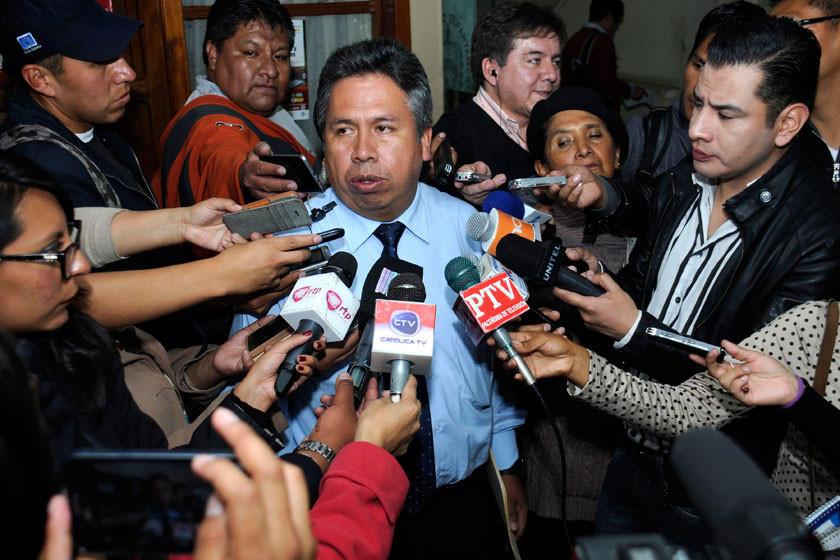 Los médicos suspenden paro y esperan diálogo con el Gobierno
