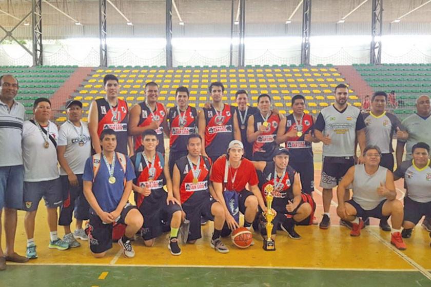 Nacional Potosí y Leones chocan por el primer lugar en básquet