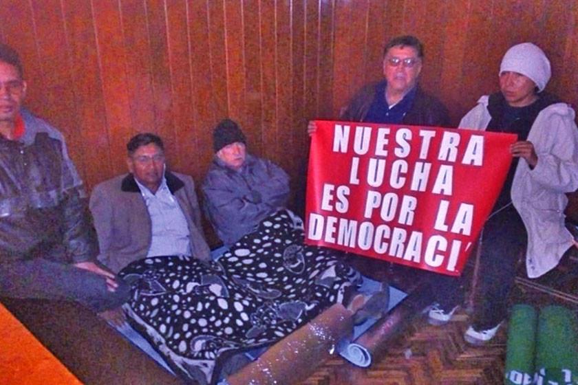 Son cinco las ciudades con huelgas de hambre contra la repostulación