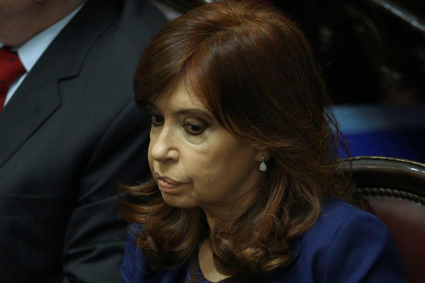 Ratifican la detención de Fernández por sobornos