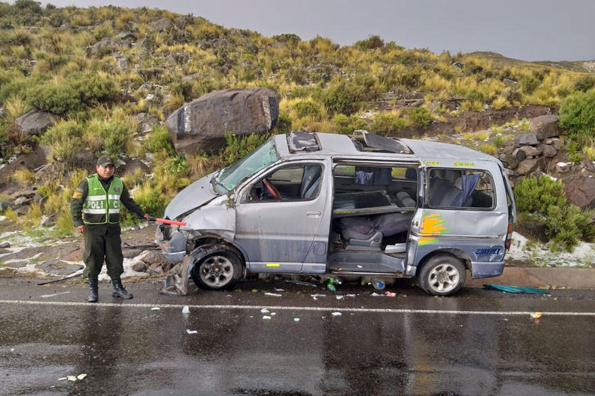 Presencia de granizo causa accidente vial con cinco personas lesionadas