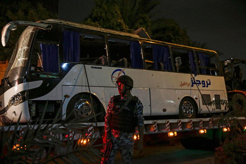 Atentado contra bus turístico en Egipto causa cuatro muertos