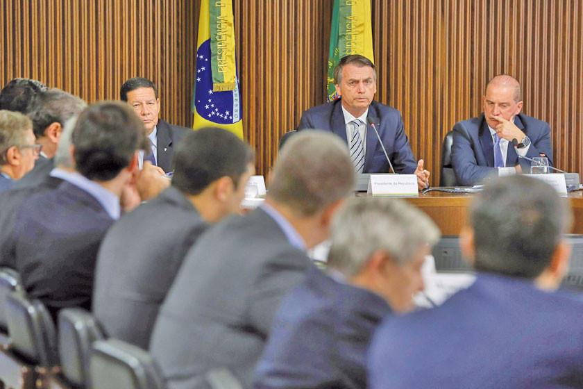 Bolsonaro emprende lucha en contra del comunismo de Estado