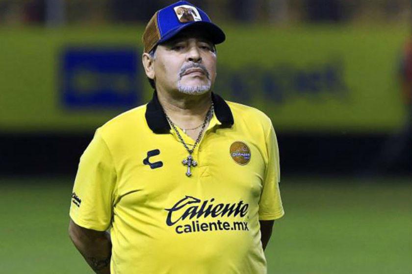 Internan a Maradona por sangrado estomacal