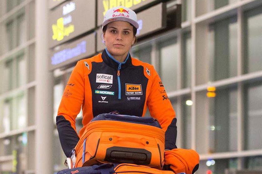 Laia Sanz busca seguir firme en el Dakar