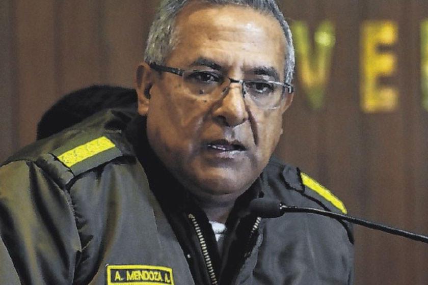 Investigan al excomandante Mendoza
