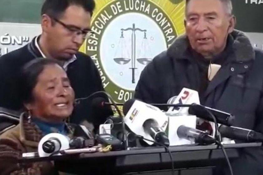 Madre del acusado de asesinar a una familia pide se entregue a la Policía