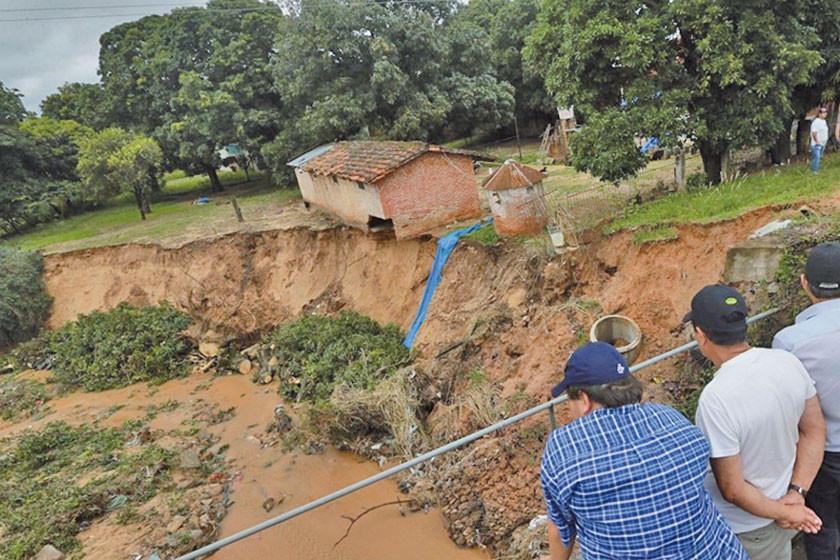 Hay tres fallecidos, 1.200 damnificados y 3.300 afectados por las riadas
