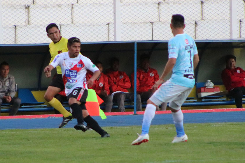 La banda roja renueva contrato con  el volante ofensivo Nelvin Soliz