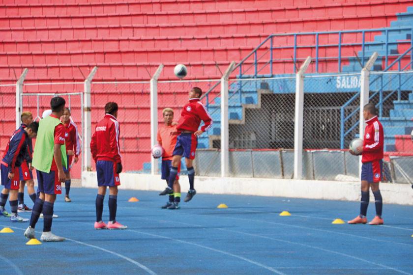 Potosí quiere asegurar un triunfo ante Beni para recuperar la cima del torneo