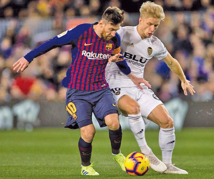 Valencia frena la racha de Barcelona