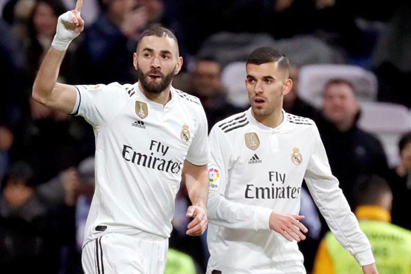 "Real Madrid golea a Alavés en el ""Bernabéu"""
