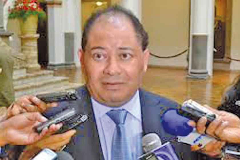 Ministro Romero dice que la Constitución es espectacular