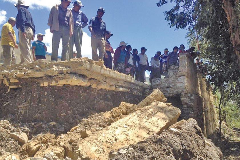 Más viviendas son afectadas por riadas y deslizamientos en Potosí