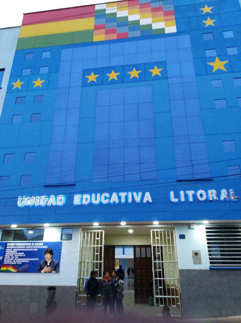 Evo entrega moderna unidad educativa hoy
