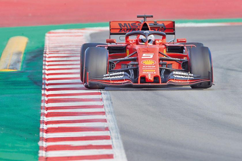 Mercedes y Ferrari pasan contratiempos