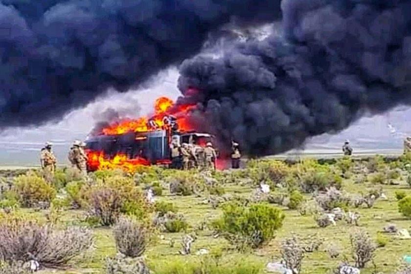 Destruyen caminos de accesos del contrabando en la frontera