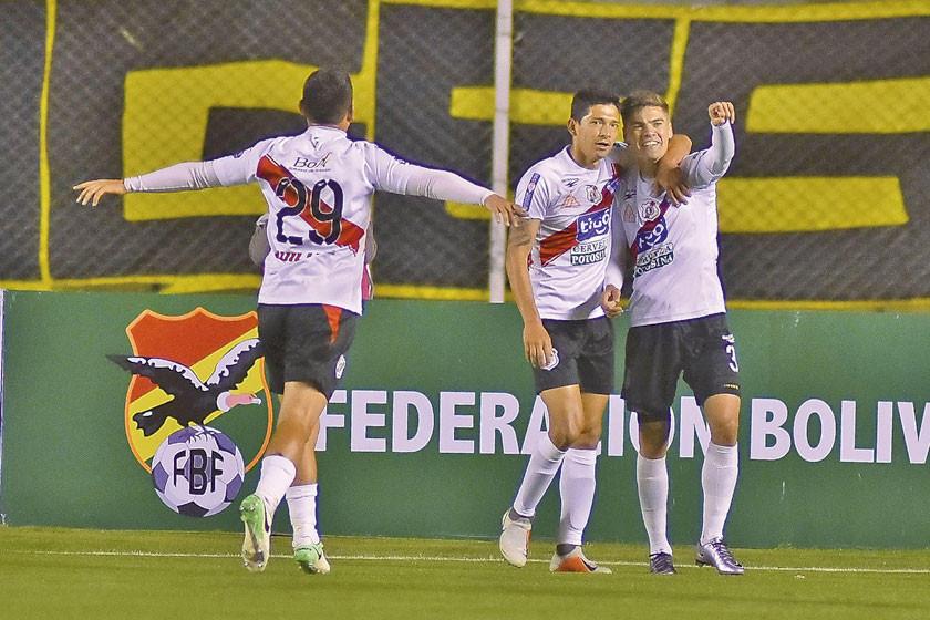 Nacional mira de reojo su partido por la Sudamericana