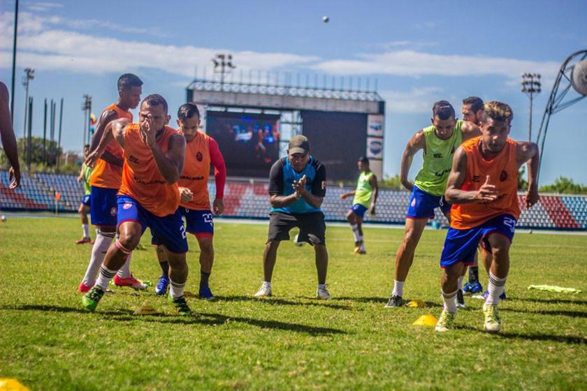 Rival de Nacional en la Copa no jugará partidos en Venezuela