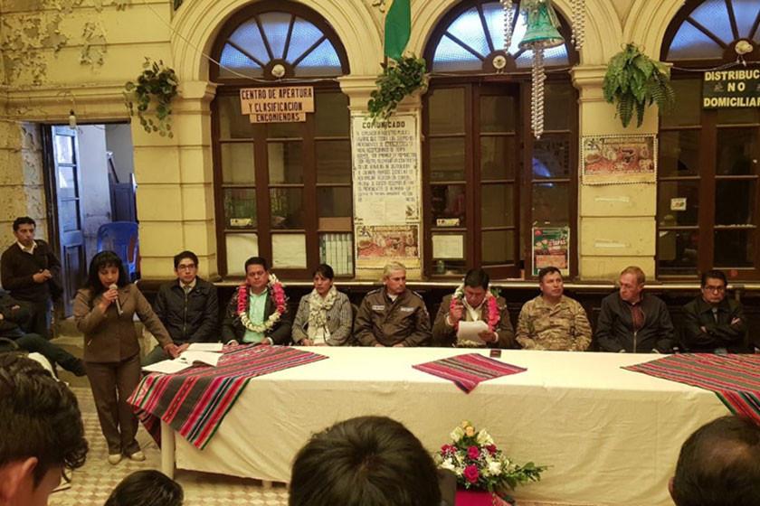 La Gobernación inicia arreglo del edificio de Correos de Bolivia