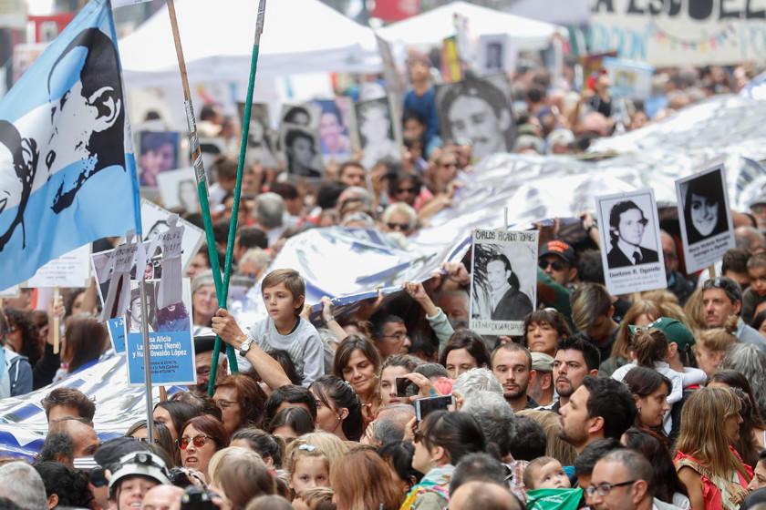 Argentina anuncia identificación de desaparecidos en dictadura