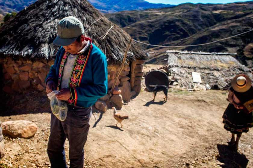 La migración deja pueblos sin población en Potosí