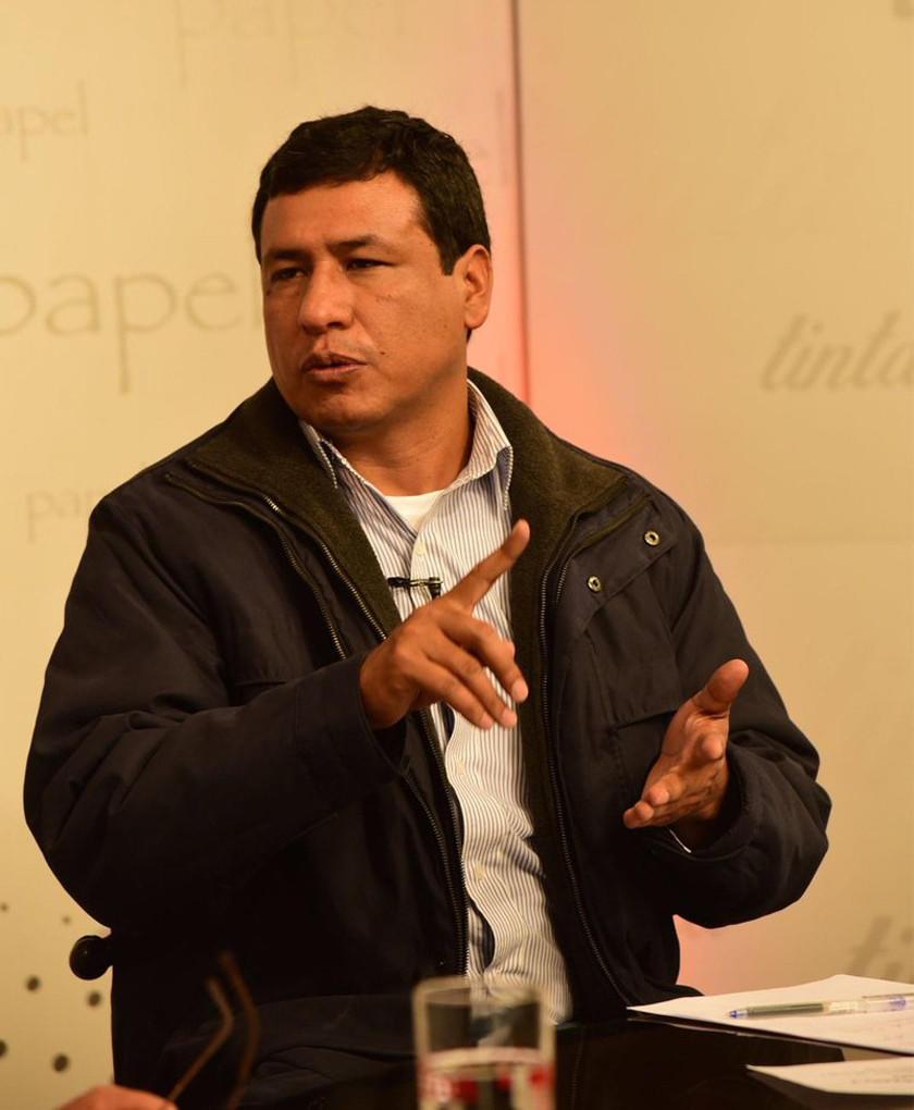 Óscar Cabrera regresa como viceministro de Defensa