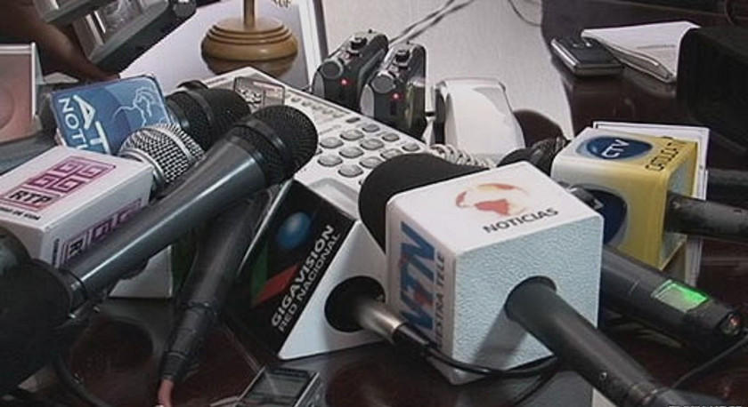 Periodistas denuncian presiones y amedrentamiento en cobertura