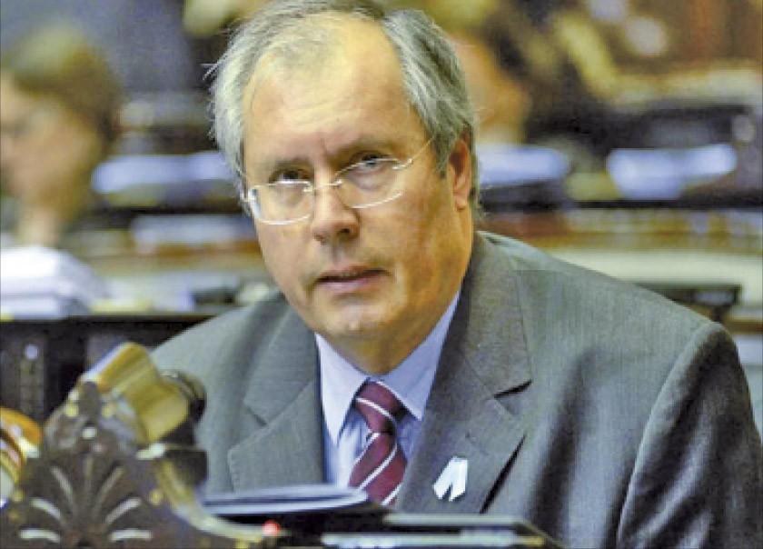 Fallece legislador baleado por el Congreso argentino