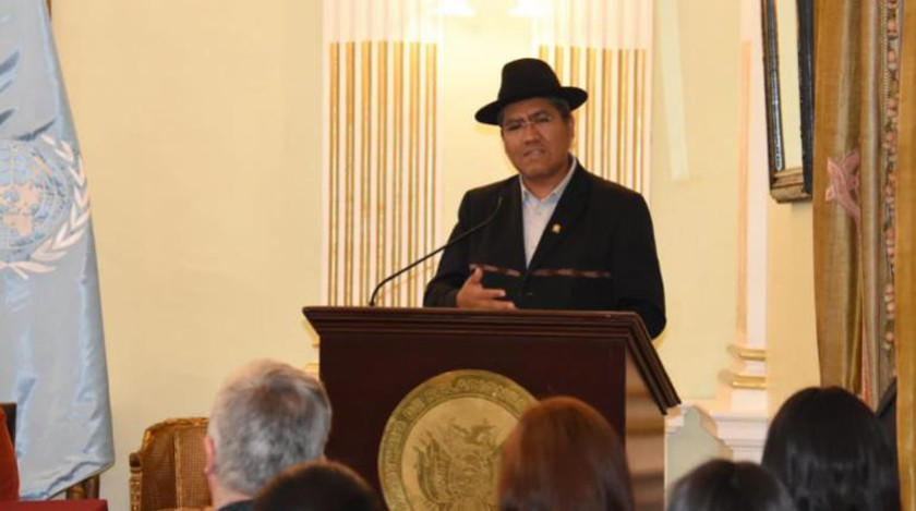 Instan a Colombia no intervenir en asuntos internos de Bolivia
