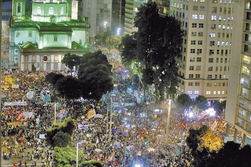 Protesta de miles en Brasil pide defender la educación pública