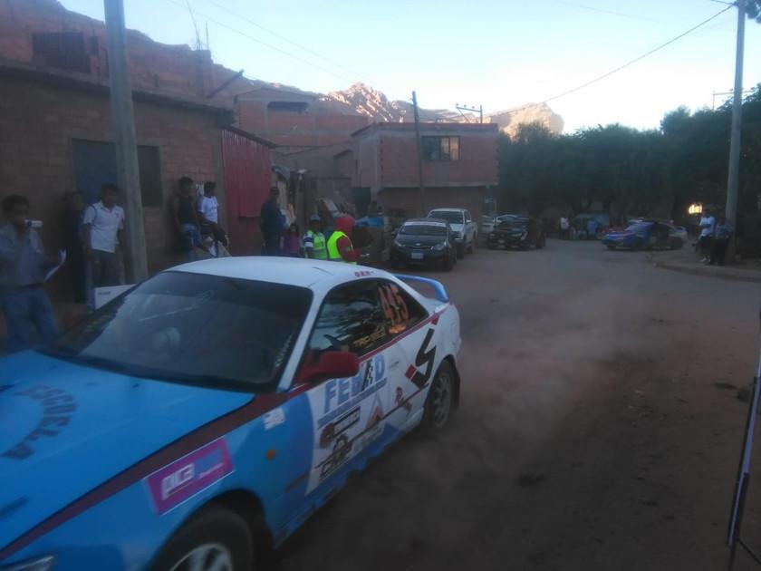 Carrera de automovilismo en Camargo tiene la presencia de 24 binomios