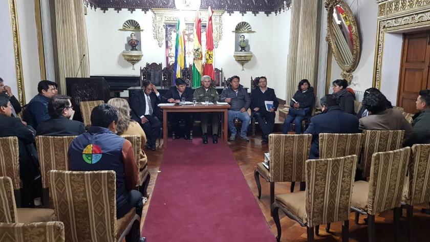 Autoridades visitan Villa Canterías hoy