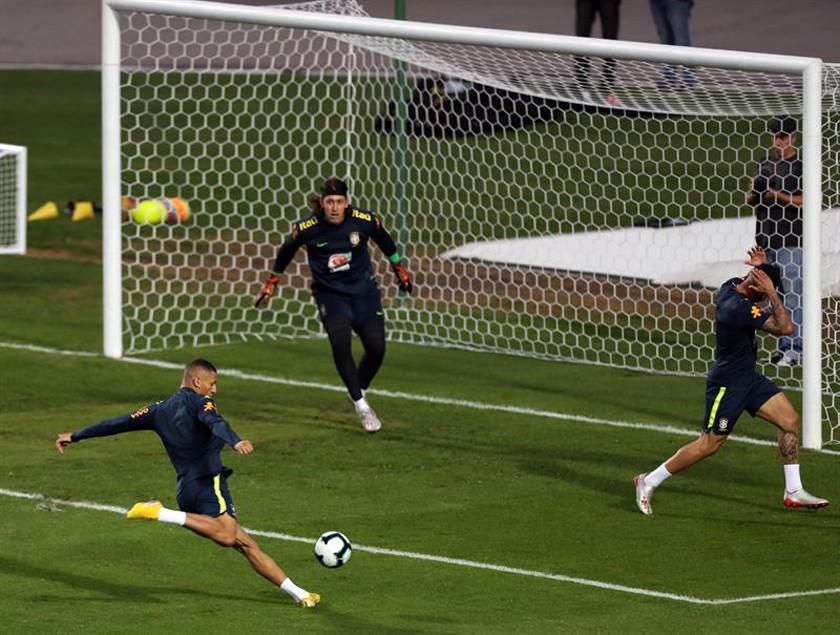La selección brasileña afina su puntería