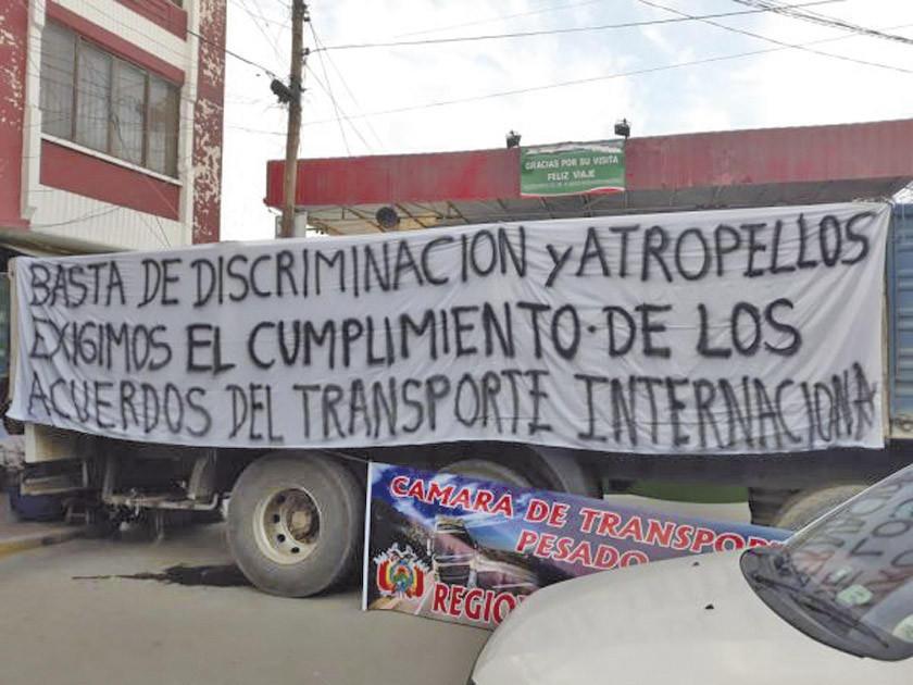 Paran bloqueo vial en Villazón tras un acuerdo con Argentina