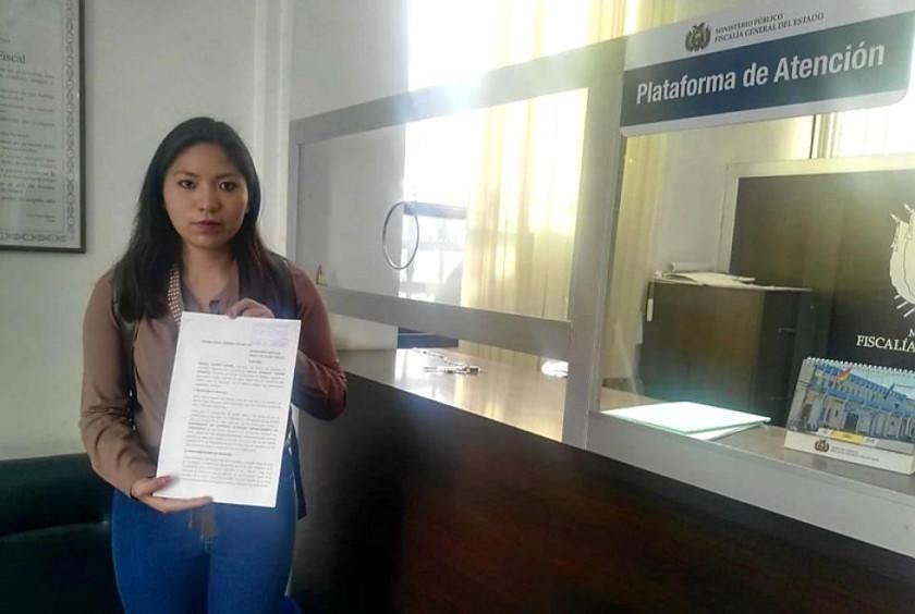 Presentan una denuncia por acoso sexual contra el gobernador Urquizu