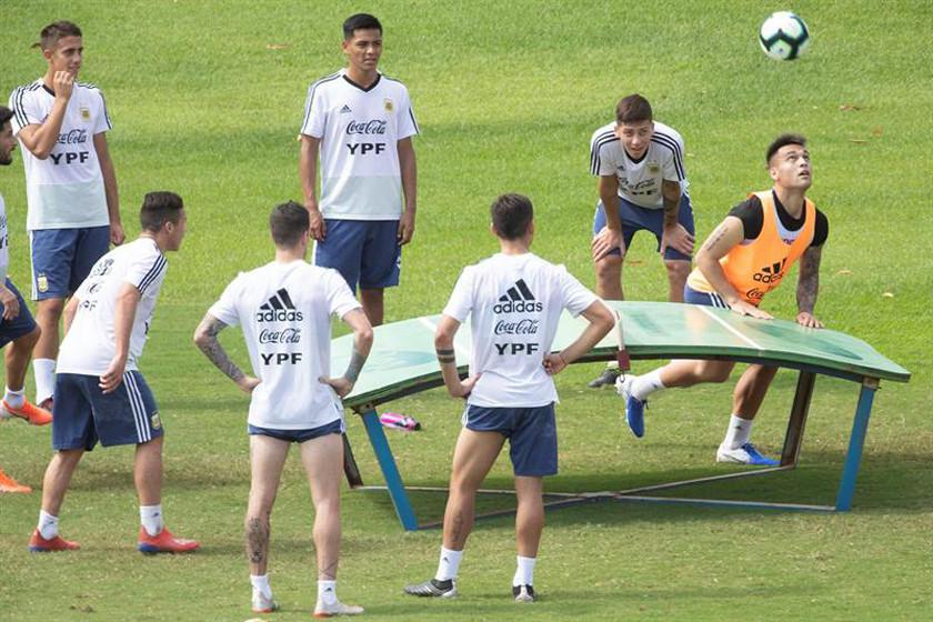 Argentina y Colombia abren el Grupo B