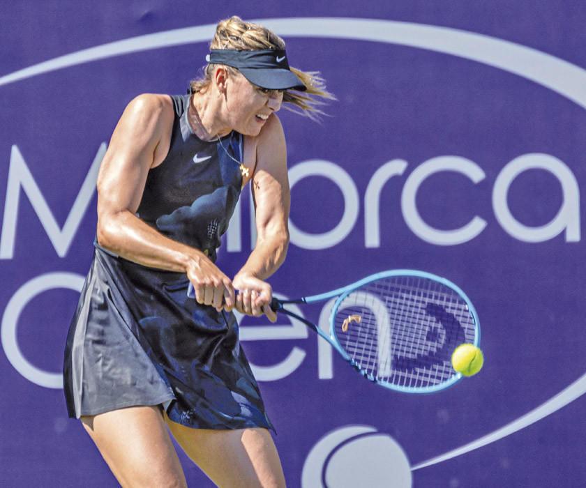 Sharapova se estrena con victoria