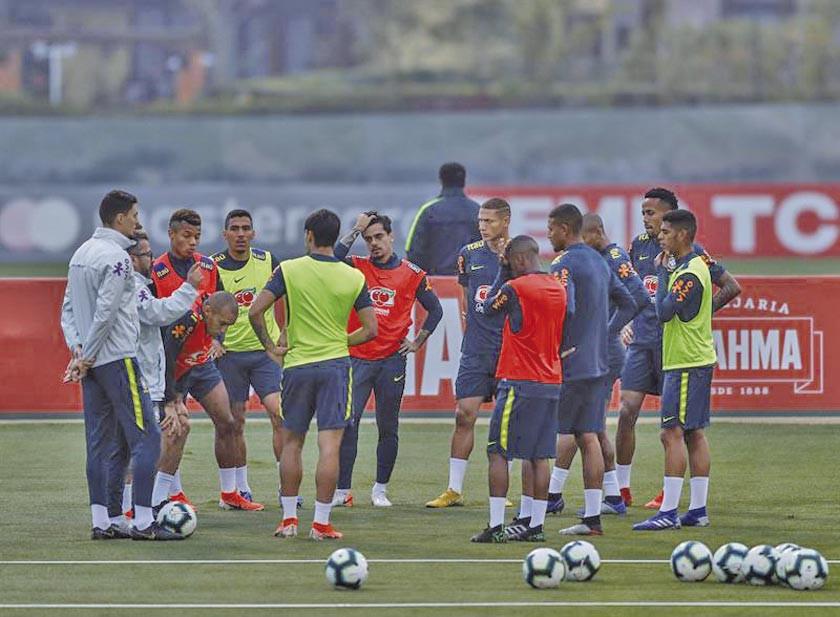 Brasil comienza a alistar la final con Perú