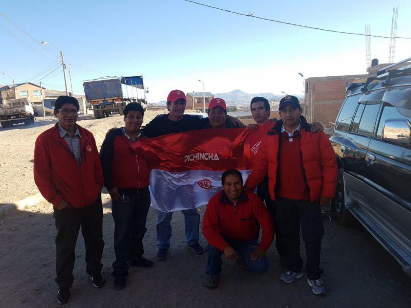 Hinchas de Pichincha viajaron a Sucre para alentar a su equipo