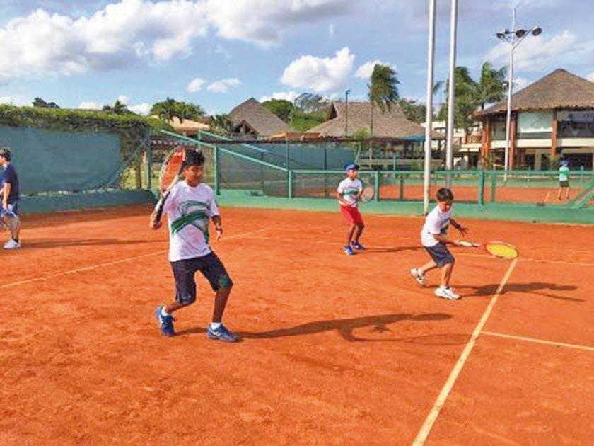 Santa Cruz y Cochabamba ganan el nacional de tenis