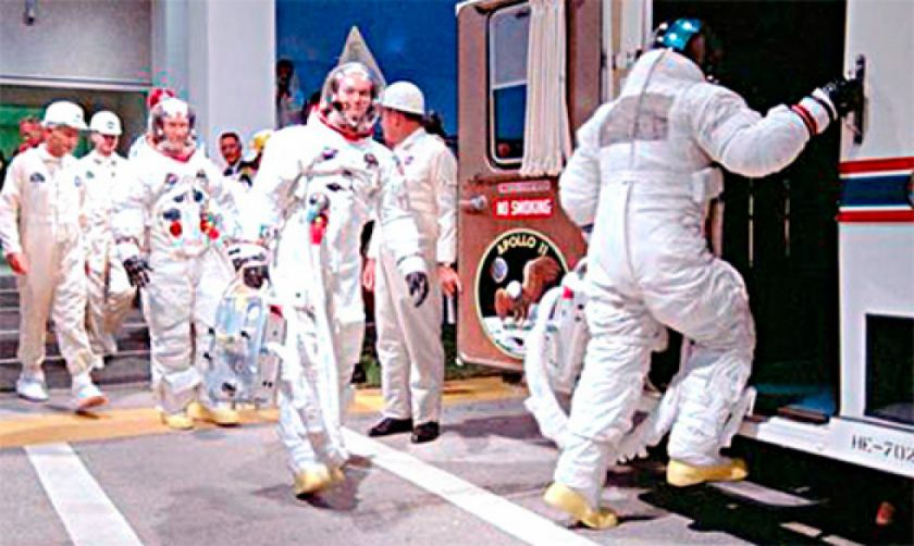 NASA recuerda el Apolo y pone mirada en Marte