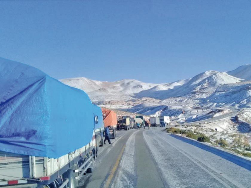 La nieve cesa y las vías ya están transitables