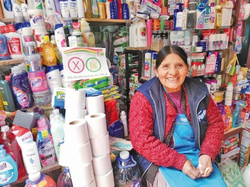 Buscan evitar uso de bolsas plásticas